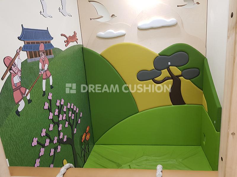 드림쿠션 dreamcushion 경주어린이박물관 디자인벽쿠션 안전쿠션